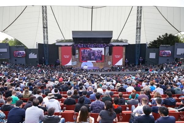 구글은 7일(현지시간) 미국 캘리포니아주 마운틴뷰 쇼라인 앰피씨어터에서 '2019 구글 I/0(연례 개발자회의)' 행사를 열고, 새로운 제품과 기능을 대거 공개했다.(뉴시스)